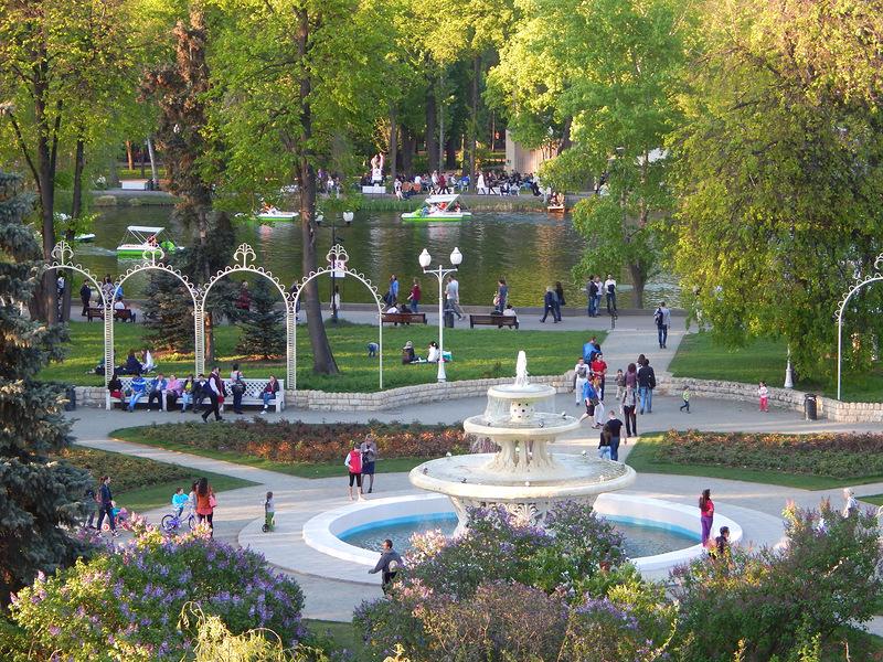 Аттракционы в Парке Горького