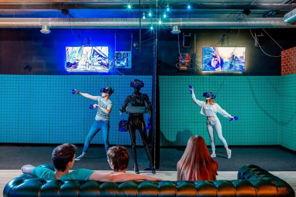 Виртуальная реальность клубы в москве стриптиз клубы в иваново