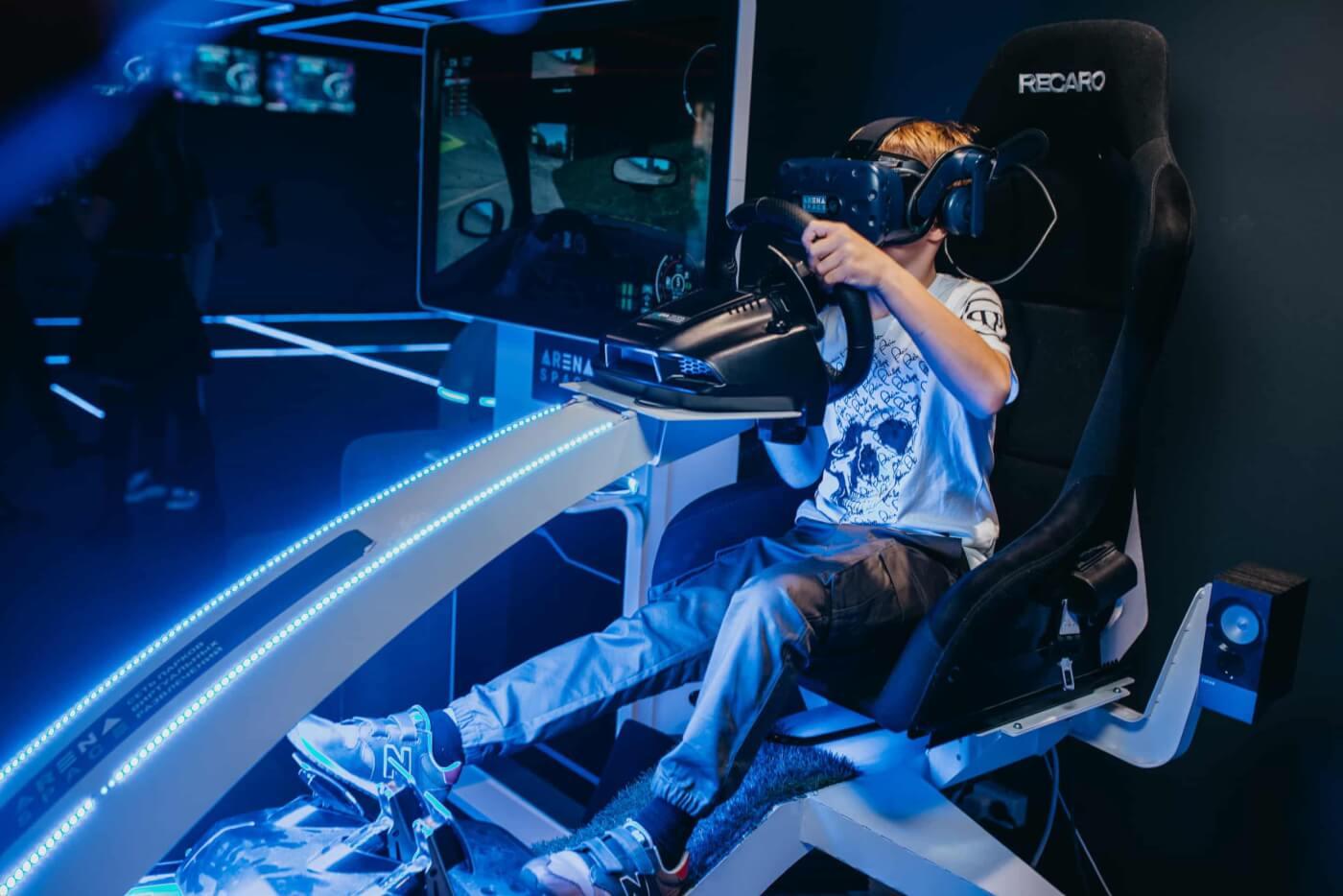 Топ 10 клубов виртуальной реальности в москве смотреть фильм закрытый клуб 2019
