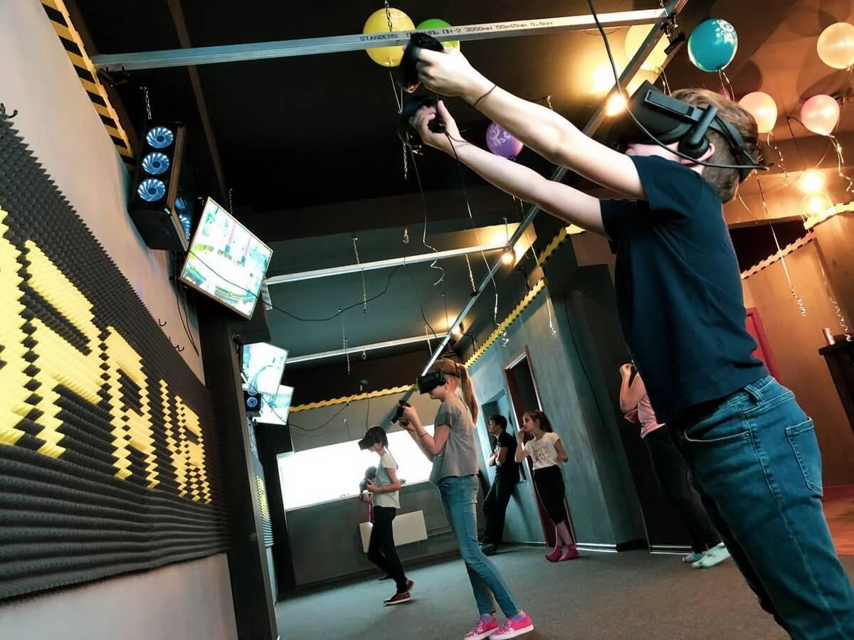 Виртуальная реальность клубы в москве сколько стоит спартак москва клуб
